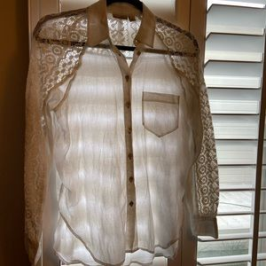 Anthropologie button down size 0 by holding horses